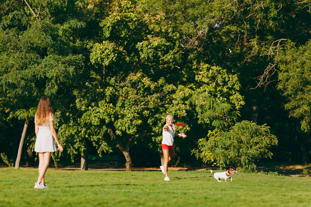 Beneficios de jugar con un perro